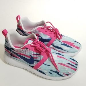 Nike Roshe One Flight Weight Pink Women's Size 6Y